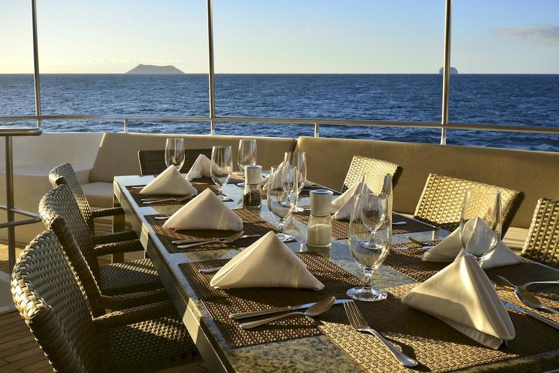 Celebrity Xploration Restaurant Alfresco