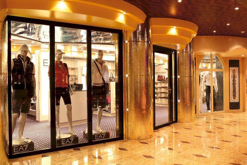 Costa Fascinosa Shopping