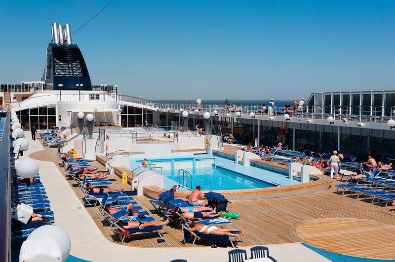 MSC Lirica Pool Deck