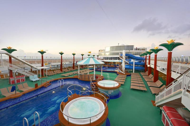 Norwegian Gem Tahitian Pool Deck