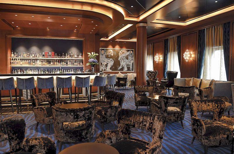 Seven Seas Explorer Explorer Lounge