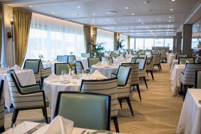Seven Seas Mariner La Veranda Restaurant