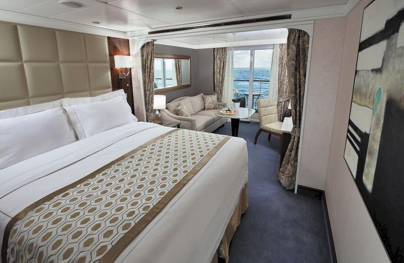 Seven Seas Voyager Deluxe Veranda Suite