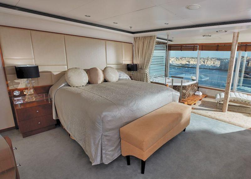 Seven Seas Voyager Grand Suite