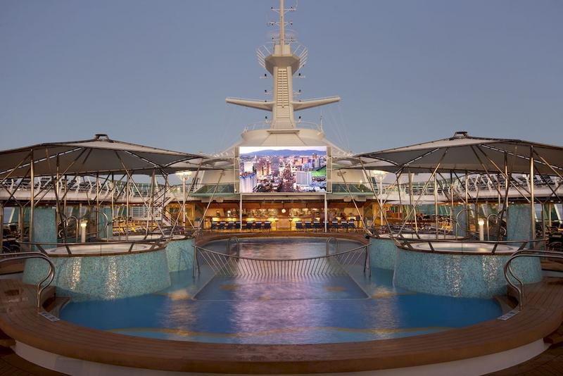 Empress of the Seas Pool
