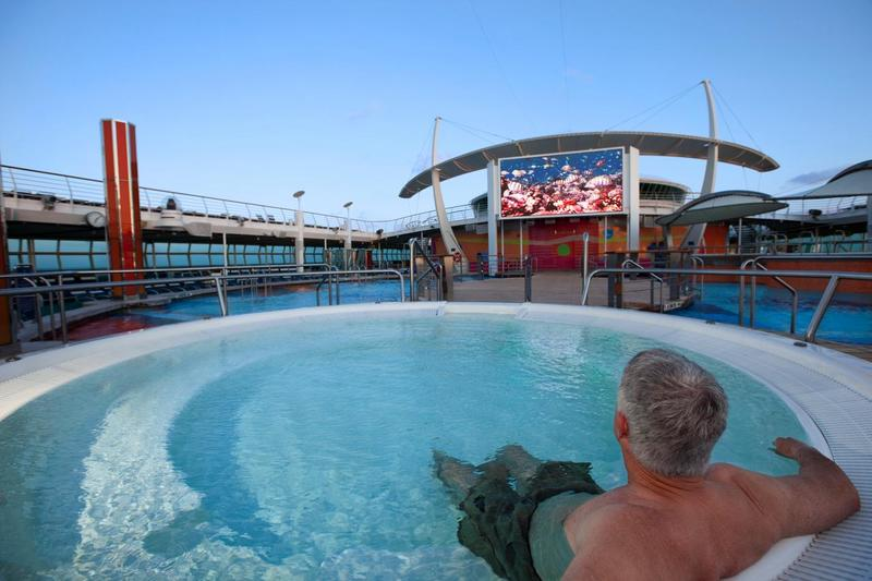 Freedom of the Seas Movie Screen Pool