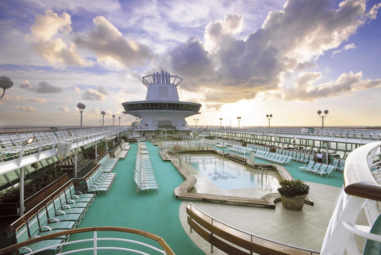 Majesty of the Seas Solarium Pool