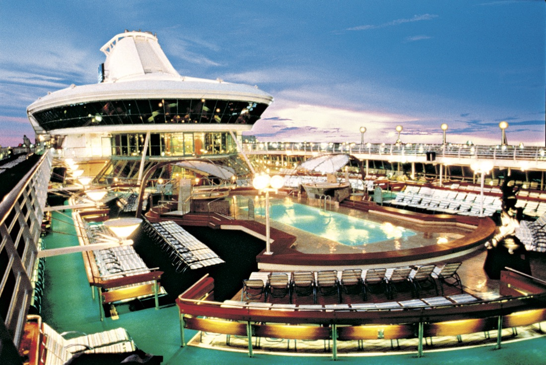 Vision of the Seas Solarium Pool