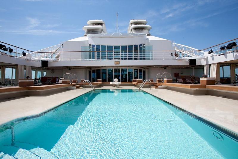 Seabourn Quest Pool