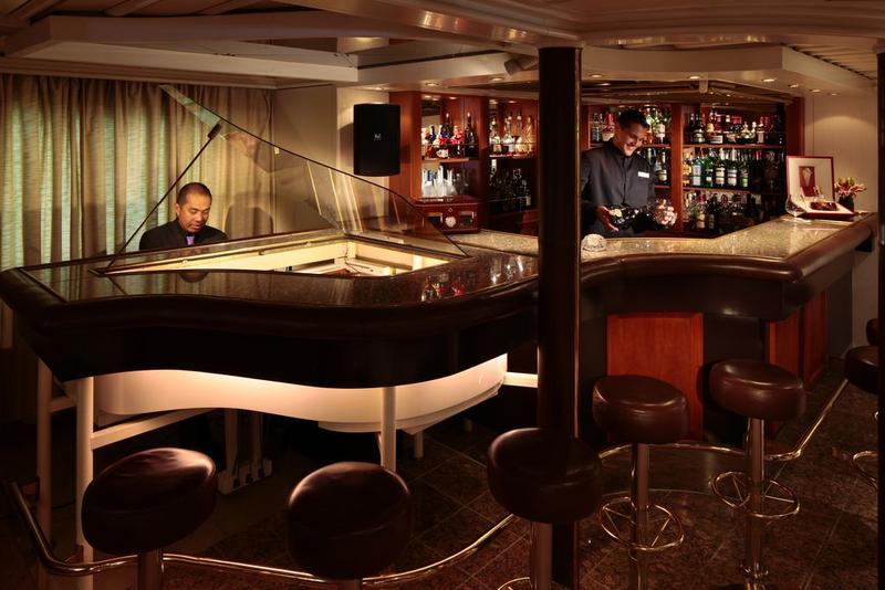 SeaDream I Bar