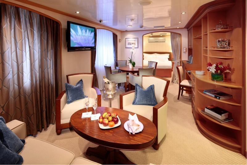 SeaDream I Admiral Suite